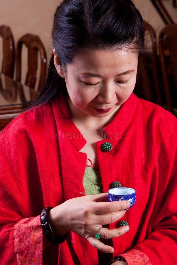 Lendo os tealeaves fotos de stock