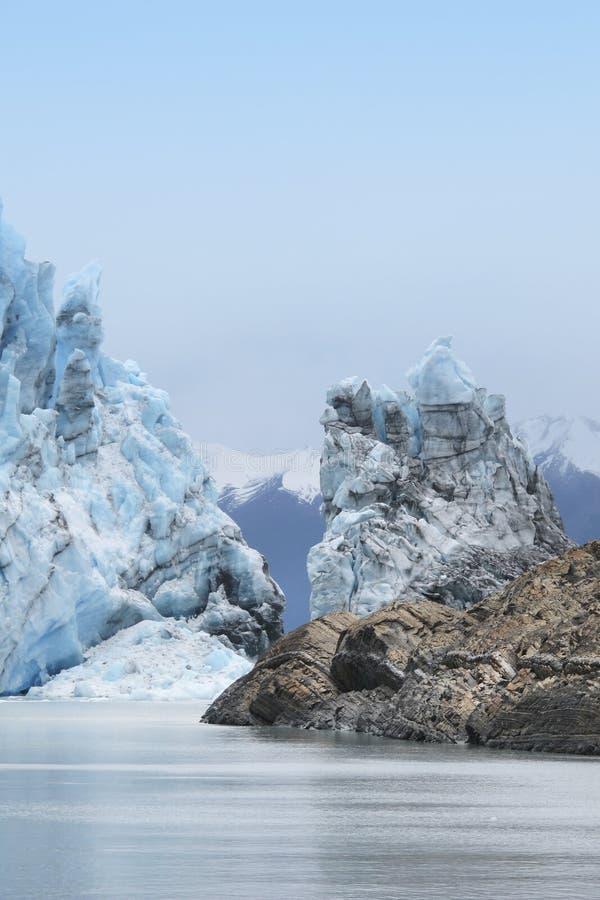 Lengua del glaciar de Perito Moreno argentina 3d ilustración tridimensional muy hermosa, figura imágenes de archivo libres de regalías