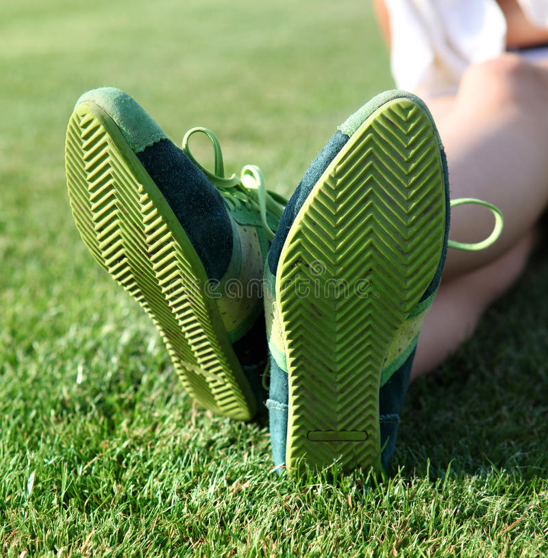 Lenguado del verde de zapatos  imagen de archivo libre de regalías