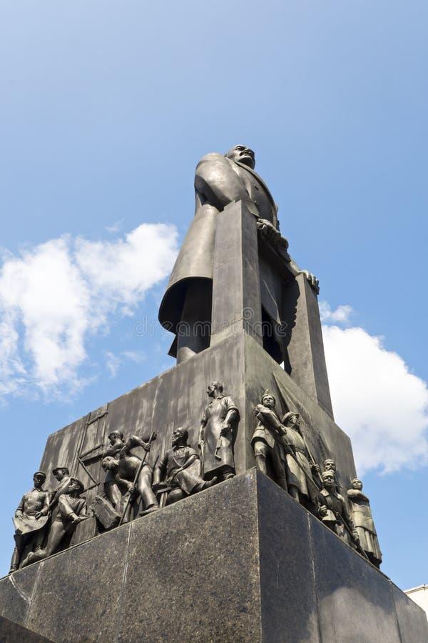 Lenin-Monument in Minsk lizenzfreie stockbilder