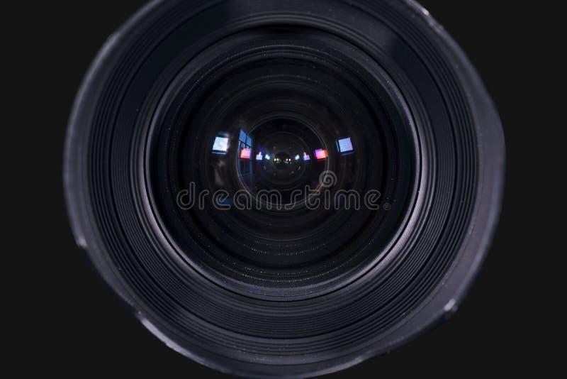 Lens för kameran som är digital med mörk bakgrund royaltyfri fotografi