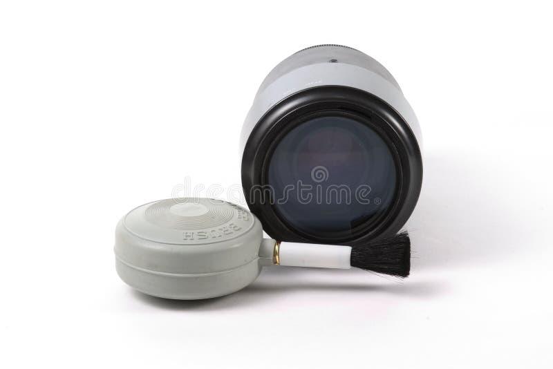 Download Lense und Gebläse-Pinsel stockbild. Bild von glas, plastik - 38213