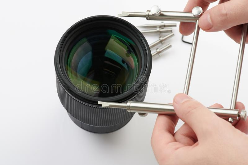 Lente ótica de montagem fotografia de stock