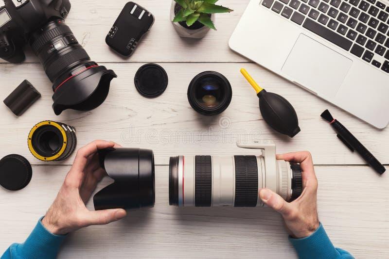 Lente de cámara de la foto que desmonta la visión superior fotografía de archivo