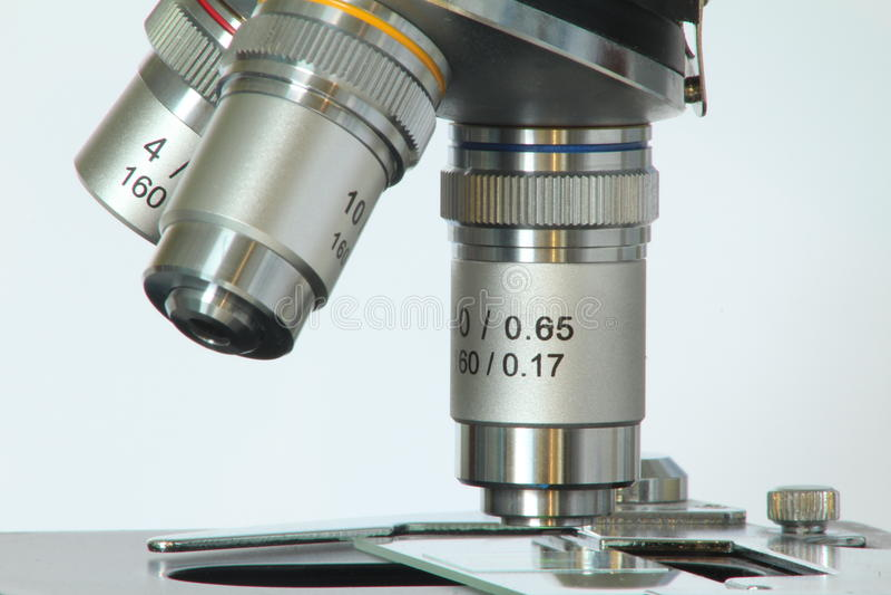 Lentes do microscópio foto de stock