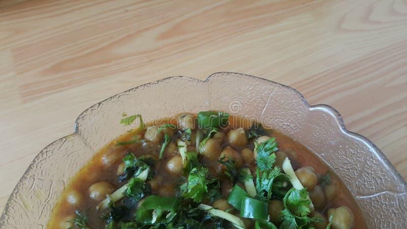Lentilles traditionnelles Channa/Chola Masala ou cari de pois chiches ou bhature de chole photo stock
