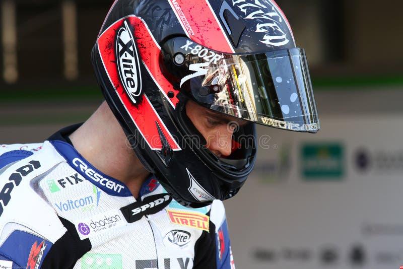 Leon Camier #2 auf Suzuki GSX-R1000 Team Fixi Crescent Suzuki Superbike WSBK lizenzfreie stockfotos