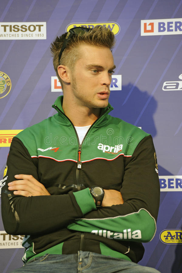 Leon camier bei einer Pressekonferenz stockfoto