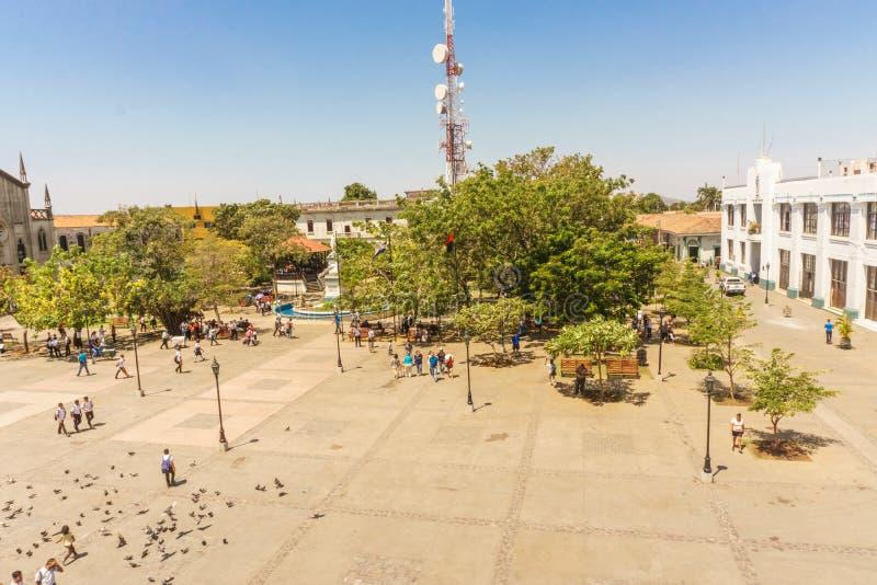 Leon, Nicarágua, março, 24, 2017: Opinião de Central Park da catedral O lugar o mais turístico em Leon, Nicarágua, América Centra fotografia de stock