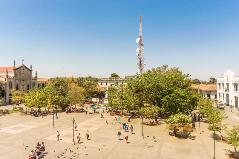 Leon, Nicarágua, março, 24, 2017: Opinião de Central Park da catedral O lugar o mais turístico em Leon, Nicarágua, América Centra fotos de stock