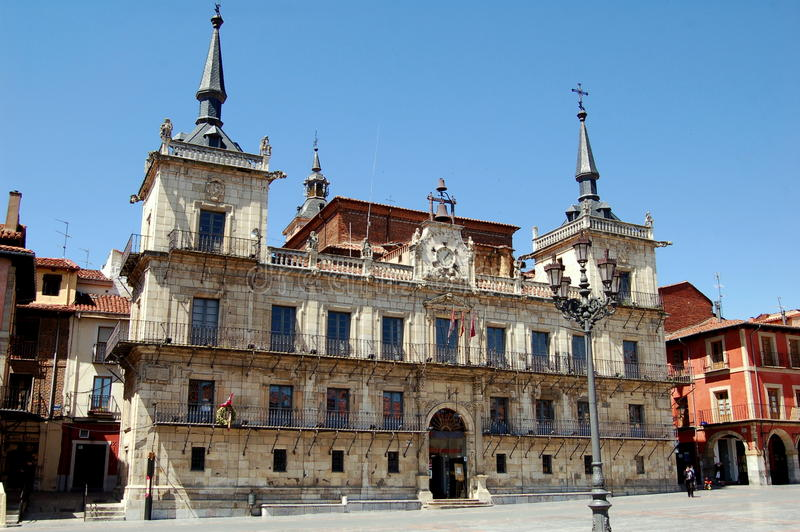 Download Leon, Spain: City Hall In Plaza Mayor Editorial Image - Image: 19501320