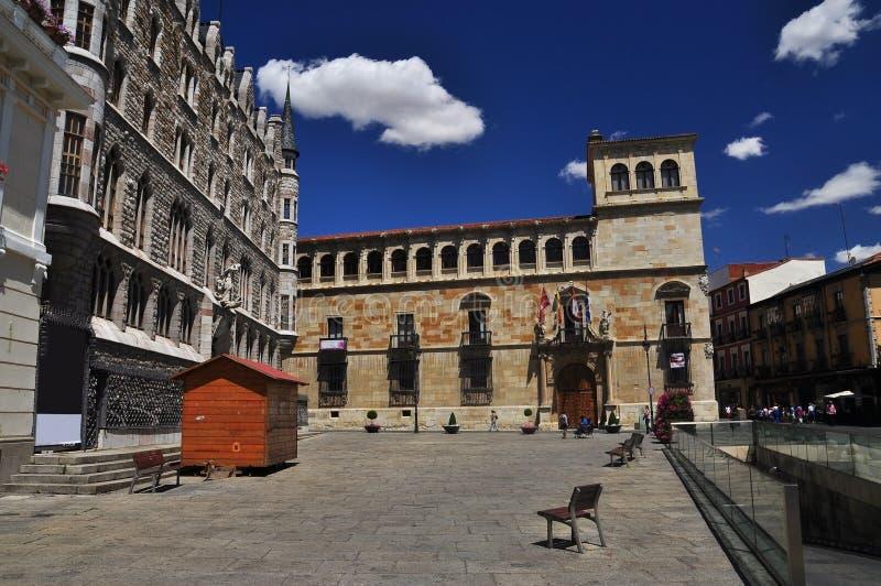 Leon Spanien, central fyrkant royaltyfri fotografi