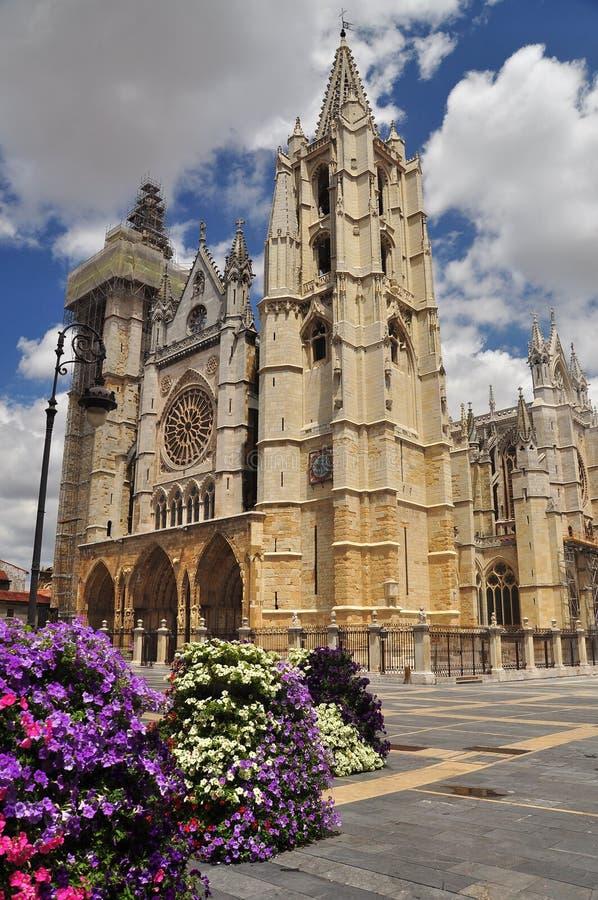Leon Spanien. Gotisk domkyrka royaltyfria foton