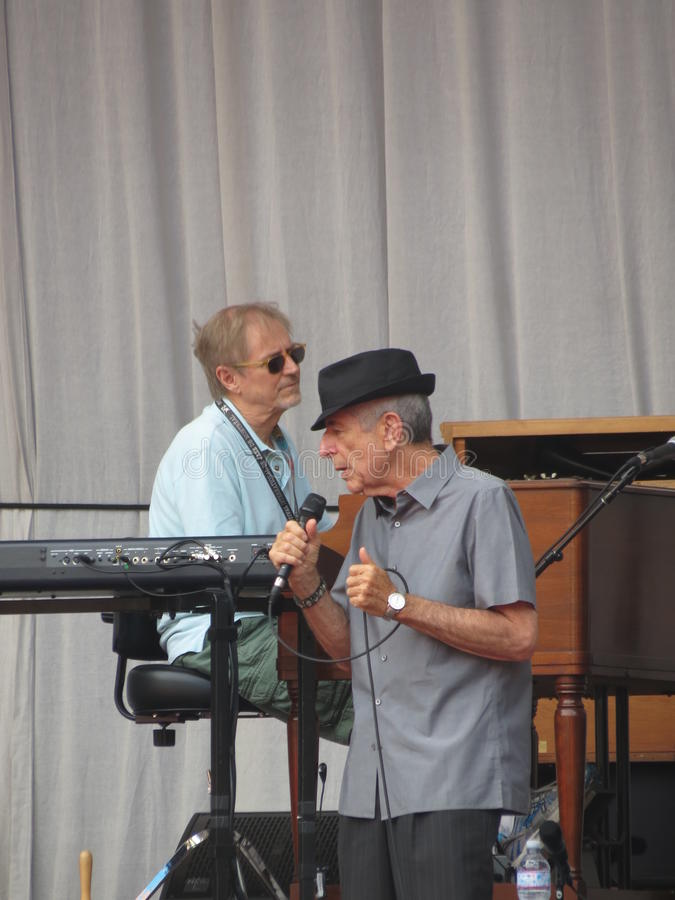 Download Leonard Cohen (Lucca 2013) editorial stock image. Image of instrument - 35978844