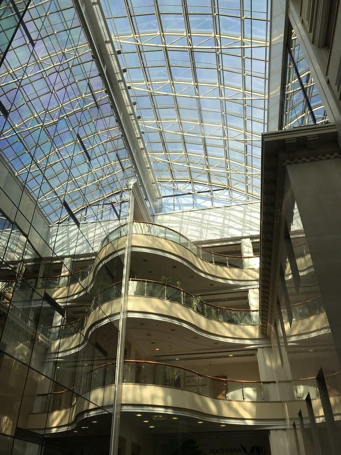 Leonardo Business Centre en Kyiv o Kiev - Ucrania foto de archivo