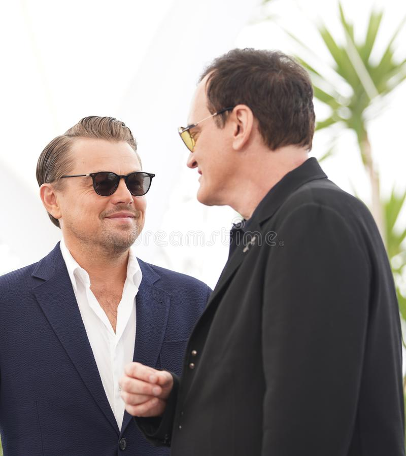 Leonardo DiCaprio Quentin Tarantino deltar i photocallen arkivbilder