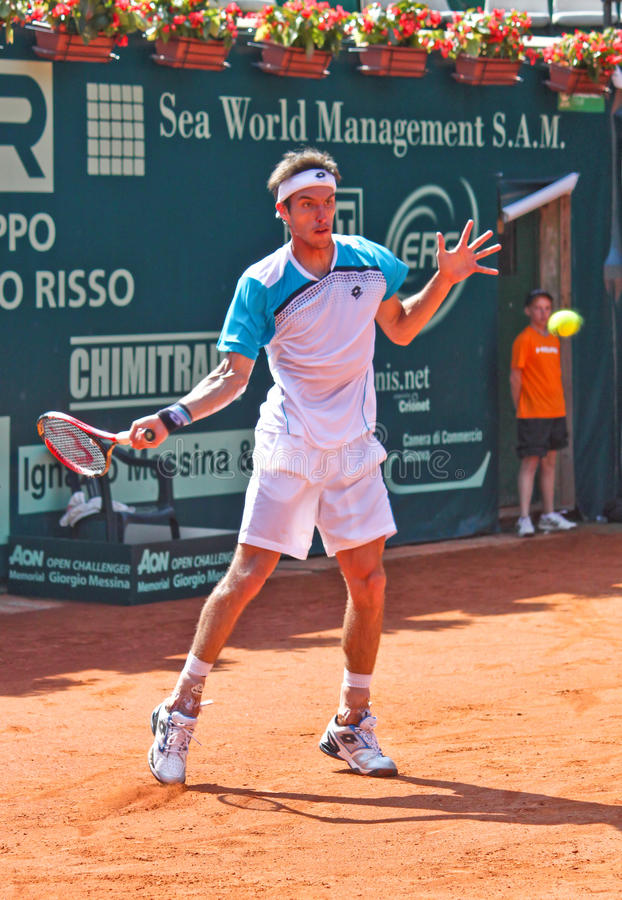 Download Leonardo Mayer editorial stock image. Image of serve - 21037334