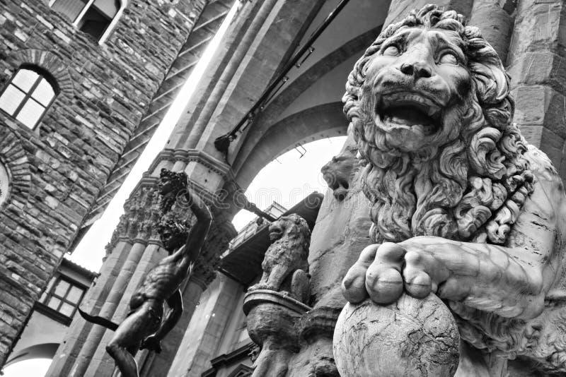 Leone al dei Lanzi della loggia in della Signoria, Firenze della piazza fotografia stock libera da diritti