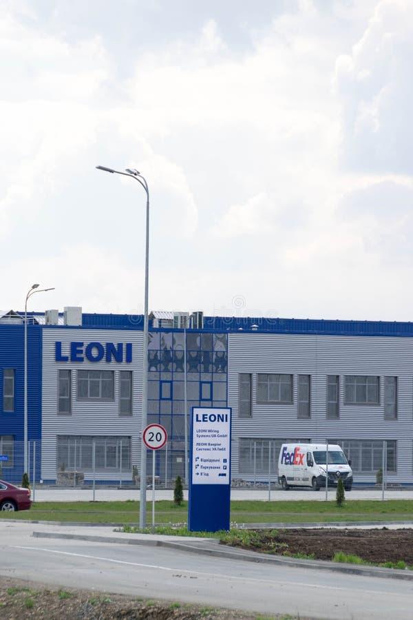 LEONI som binder den GmbH växten för system UA i Kolomyia arkivfoto