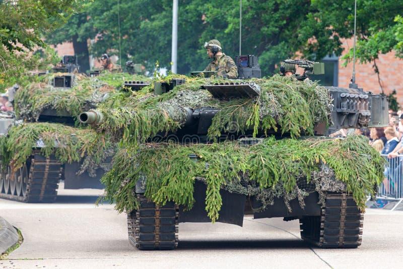 Leopardo alemão 2A6 do tanque de guerra imagem de stock