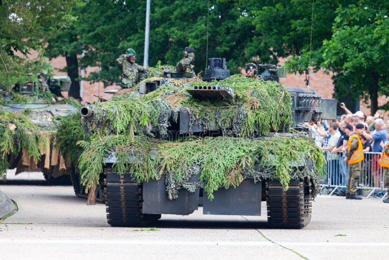 Leopardo alemão 2A6 do tanque de guerra foto de stock