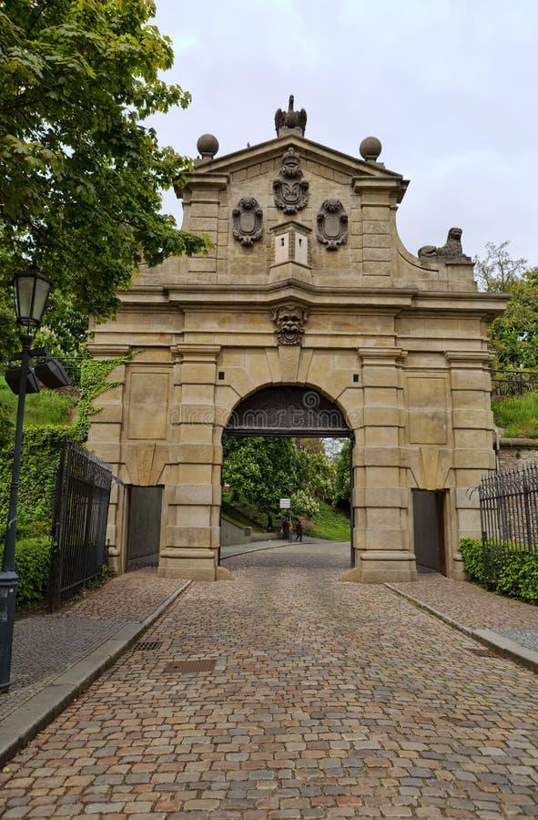Leopold Gate, l'entrée à la forteresse Vysehrad, betwe établi photo libre de droits