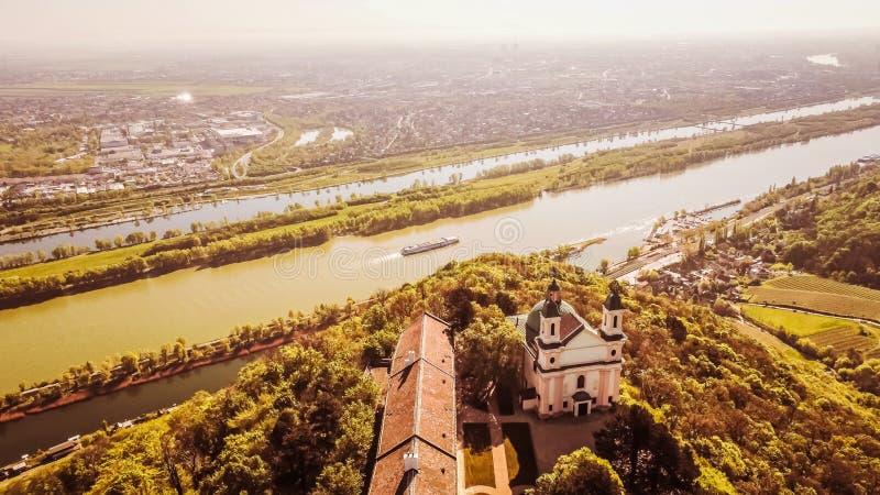 Leopoldsberg-Schloss in Wien, ?sterreich lizenzfreie stockfotos