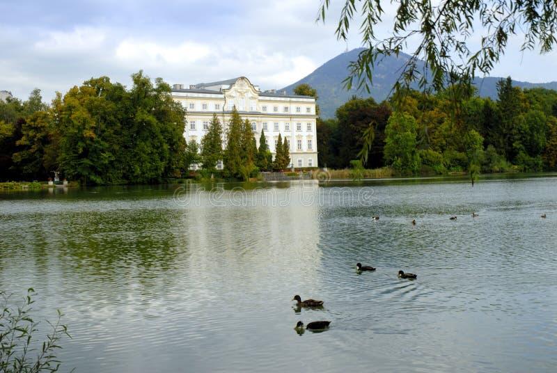 Leopoldskron is Schloss in de film het Geluid van Muziek wordt gebruikt die stock foto