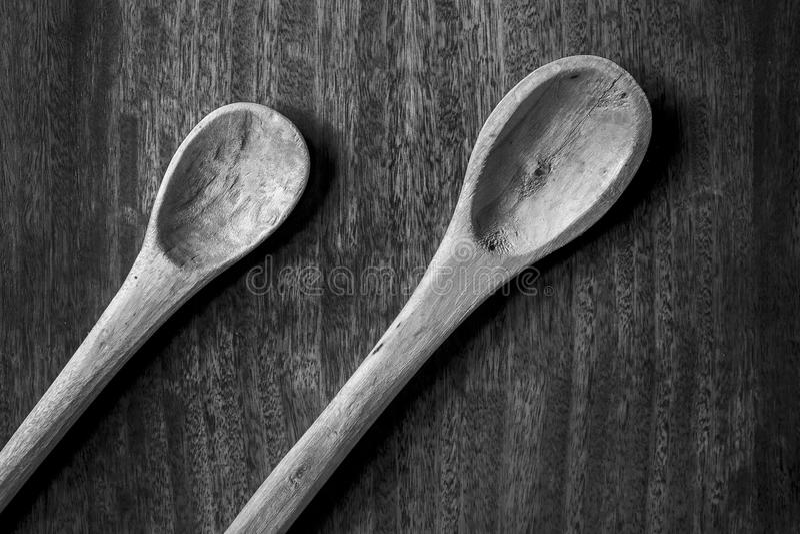 Lepels in zwart-wit stock afbeeldingen