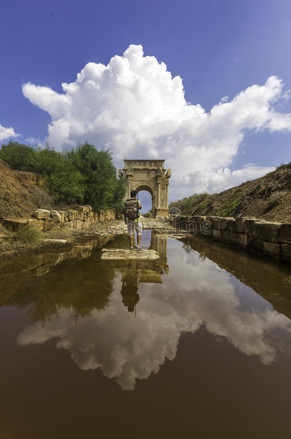 Leptis magnumbuteljromare Libyen royaltyfria foton