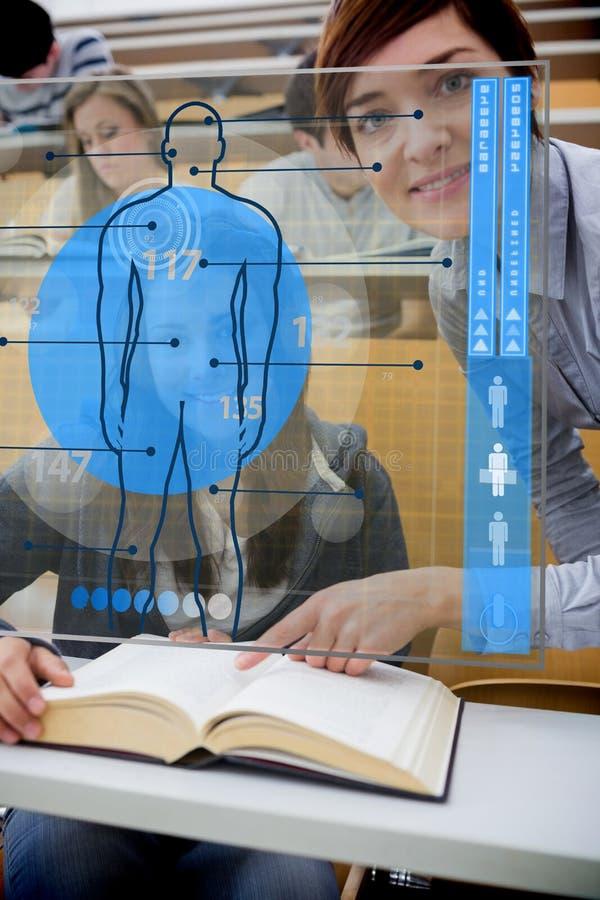 Leraar en student die futuristische interface kijken vector illustratie