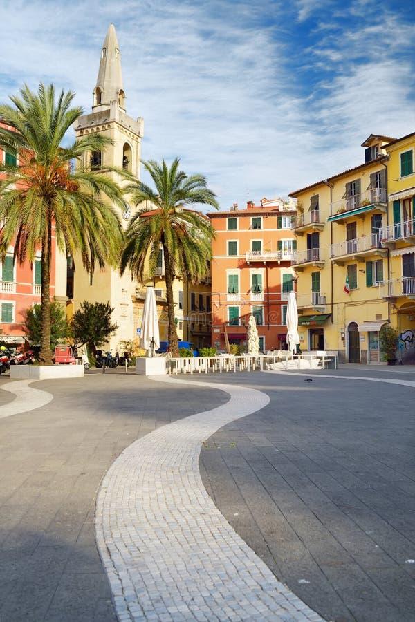 LERICI, ΙΤΑΛΊΑ - 19 ΝΟΕΜΒΡΊΟΥ 2018: Πλατεία Mottino πλατειών στην πόλη Lerici, που βρίσκεται στην επαρχία του Λα Spezia στη Λιγυρ στοκ εικόνες με δικαίωμα ελεύθερης χρήσης