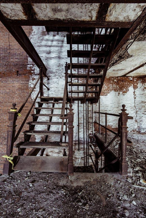 Lerkärl Stad Brygga Företag - östliga Liverpool, Ohio royaltyfri bild