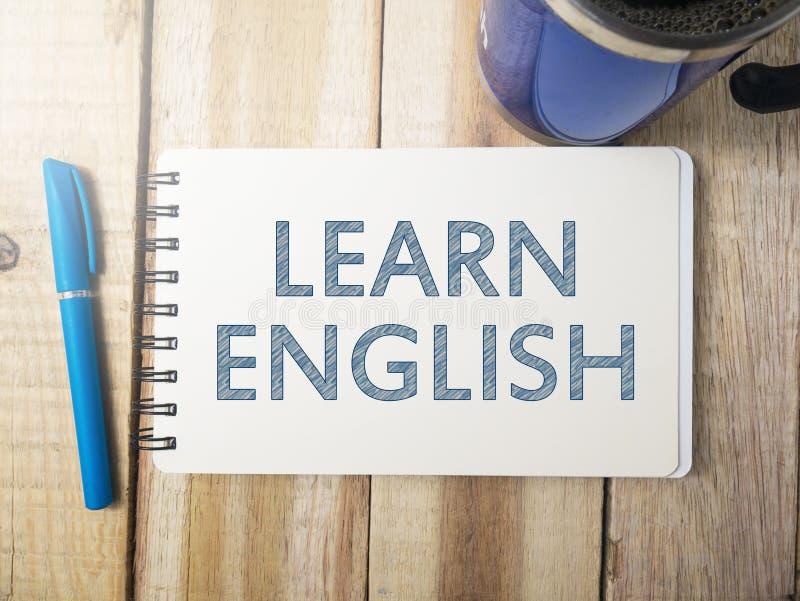Lernen Sie englisches, Motivwort-Zitat-Konzept stockfotos