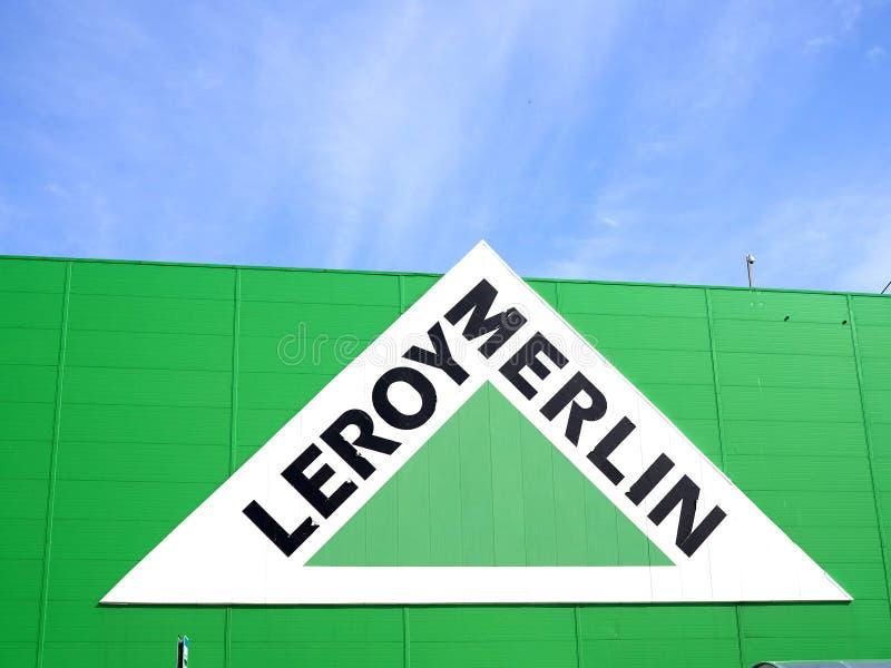 leroy merlin lampy sufitowe samara zielona