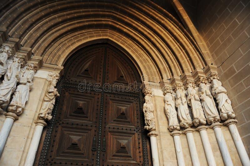Les évangélistes dans le portique de la cathédrale de Nossa Senhora DA Assuncao, Evora, Portugal image stock