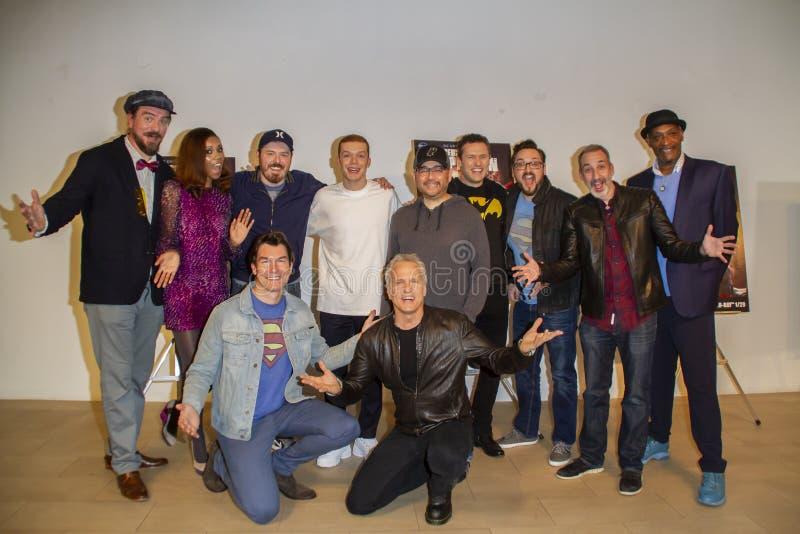 Les acteurs et équipe du règne des surhommes à la première de Los Angeles image libre de droits