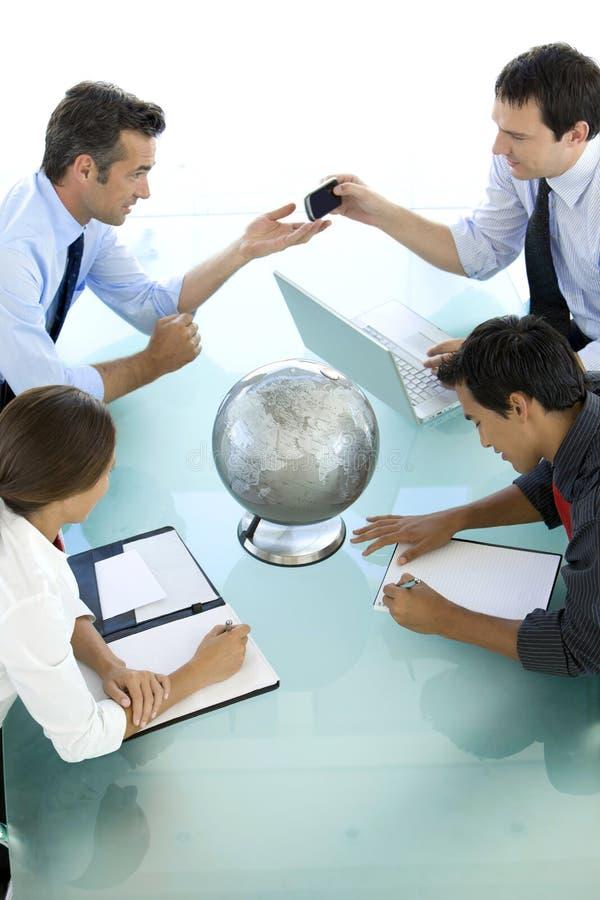 Les affaires globales sont au sujet de communication photos stock