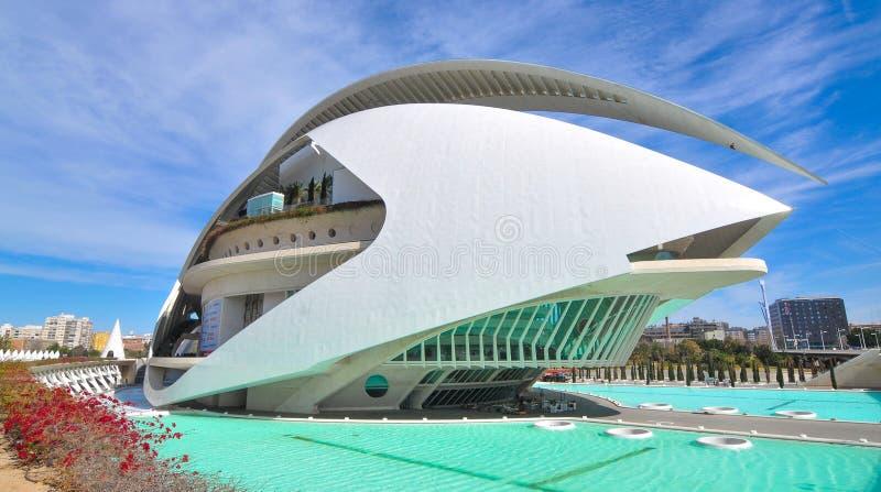 les arts mettent en boîte la ville de l hemisferic les Palau que les sciences de reina voient Sofia photos libres de droits