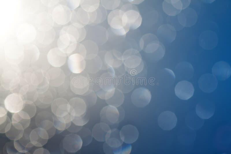 Les baisses sur le bokeh en verre. image stock