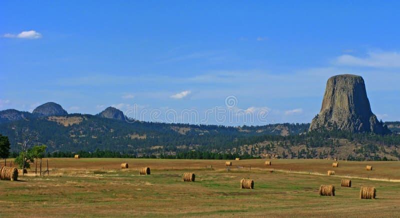 Les balles et les diables de foin dominent, le Wyoming photos stock