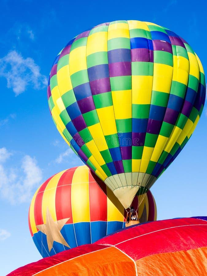 Les ballons à air chauds décollant chez Winthrop montent en ballon le festival photo stock