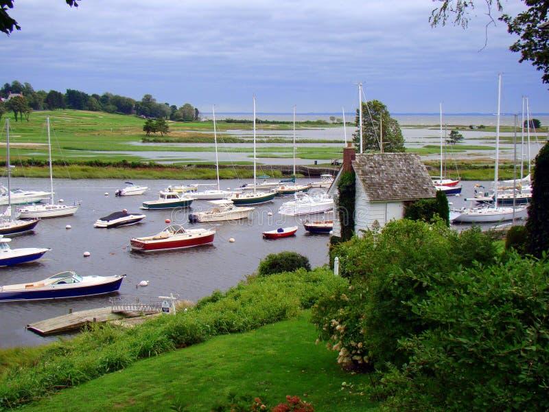 Les bateaux amarrés dans Southport hébergent, le Connecticut photo libre de droits