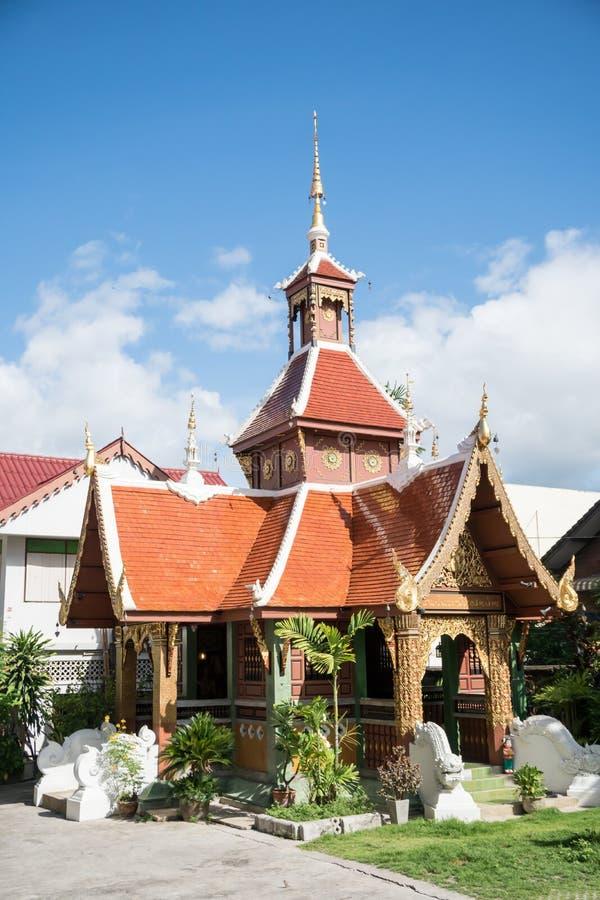 Les beaux temples dans Thailand& x28 ; น de ² d'ภde ‰ de ¹ d'สนลà de  de ¹ d'à de ² d'ภde ‰ de ¹ de €à¸ˆà de ¹ d'พ photos libres de droits