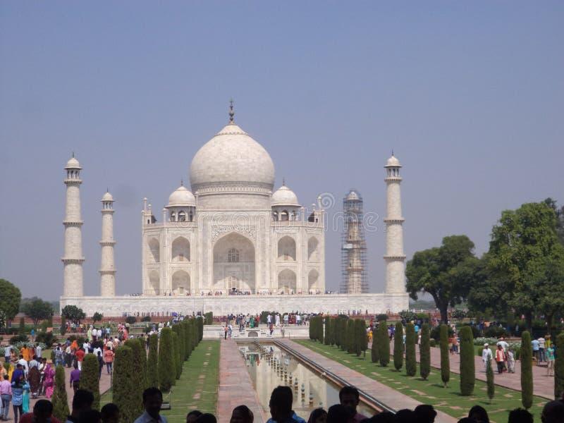 Les belles et romantiques places historiques de Taj Mahal aiment le symbole image libre de droits