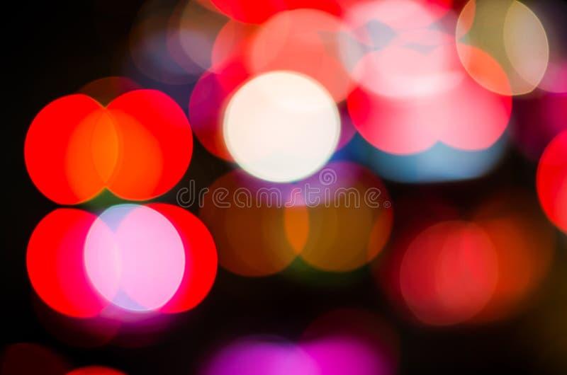 Les belles lumières de ville ont brouillé le fond de bokeh images stock