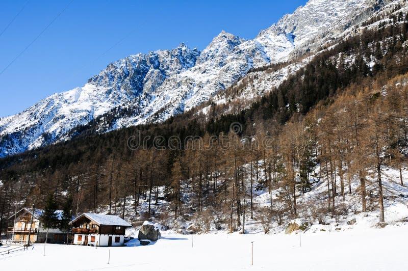 Download Les Belles Montagnes Autour Du Bionaz Dans Le Val D'Aoste, Italie Photo stock - Image du européen, europe: 76077514
