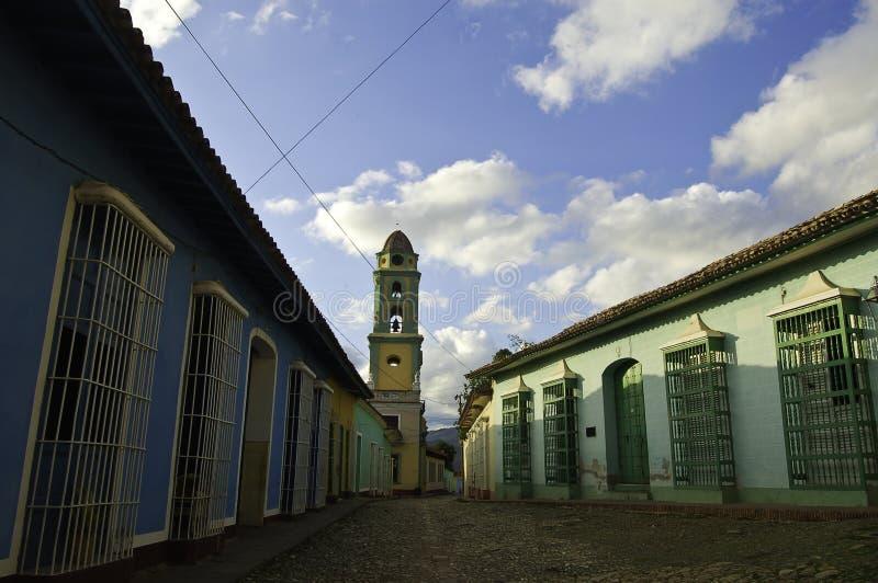 Les belles rues du Trinidad, une belle ville coloniale au Cuba image libre de droits