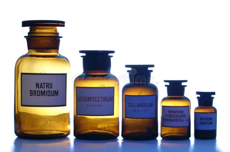 Les bidons pharmaceutiques réglés (4) photos libres de droits