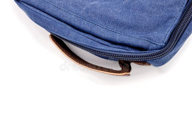 Les blues-jean en gros plan mettent en sac image stock